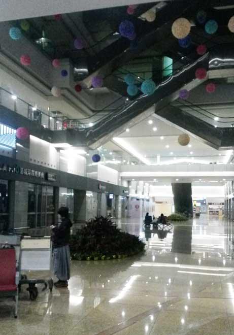 上海虹橋空港で空港泊 @中国 2018年
