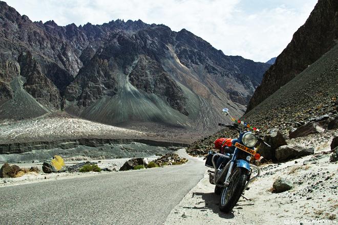 ラダックの走り方⑤-2 ヌブラ渓谷のバイク旅 前編