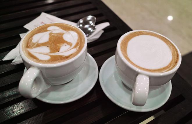 カプチーノ カトマンズお勧めカフェ