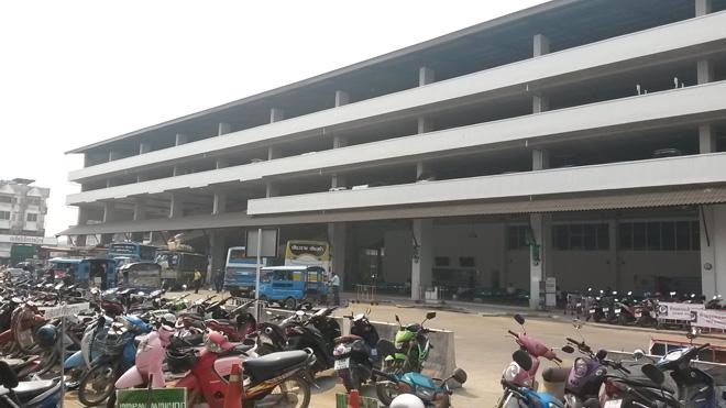 チェンライ バスターミナル