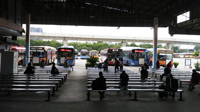 バス乗り場全景