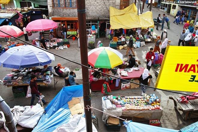 カルギルの市場
